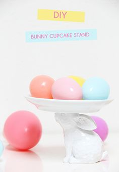 A Bubbly Life: Bunny Cupcake Stand DIY Tutorial (find small bunnies at thrift stores, craft stores, etc and make them into cute cupcake stands) Hoppy Easter, Easter Bunny, Babyshower, Filled Easter Baskets, Diy Cupcake Stand, Bunny Cupcakes, Coloring Easter Eggs, Easter Colors, Easter Celebration