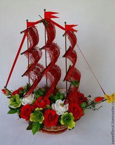 Candy Flowers, Paper Flowers, Desi Wedding Decor, Wedding Decorations, Christmas Wreaths, Christmas Crafts, Chocolate Bouquet, Candy Bouquet, Bottle Art