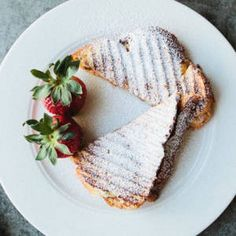 Grilled Cheese With Mascarpone, Apricots, and Chocolate