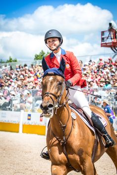 Georgina Bloomberg and Lilli representing Team USA on Tuesday, July 21st with a clear round at the 2015 Pan American Games in Toronto Canada. - Noelle Floyd