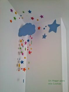 "Un Hogar para mis Cositas: DECOPEDIA 4: Movil ""lloviendo estrellas"" Decoration Creche, Class Decoration, School Decorations, Diy For Kids, Crafts For Kids, Diy And Crafts, Paper Crafts, Paper Wall Art, Baby Room Decor"