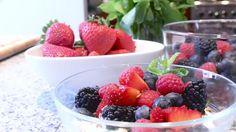 De-bloating breakfast - Greek yogurt with toasted fennel seeds, mint, honey, and berries