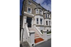 Bed and Breakfast to stay at while taking a class at Mosaic school  ~ The Art House Hove,  UK