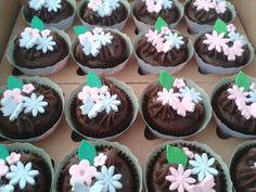 DOCIN Confeitaria Artesanal: Cupcakes Jardim Mágico