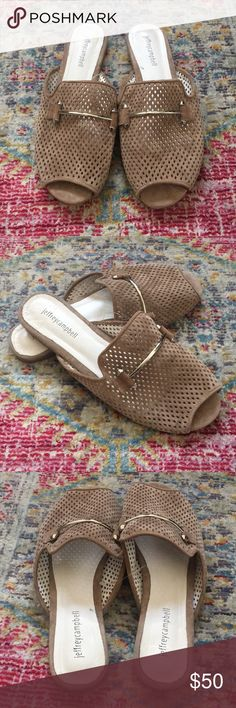 af7e88ebc38 Shop Women s Jeffrey Campbell Tan Silver size 10 Sandals at a discounted  price at Poshmark.