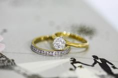 Yellow Gold engagement ring with matching wedding band