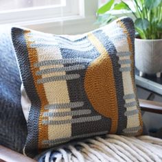 Loving how these pillows turned out, I wish I could keep them for myself! Knit Rug, Rug Yarn, Needle Cushion, Punch Needle Kits, Penny Rugs, Handmade Headbands, Rug Hooking, Handmade Rugs, Couture