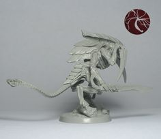 Sculpt of alien Alpha Warrior (Warrior Prime). Can be used in 28mm scale wargames.    A complete multi-part (10 parts) resin model measuri...