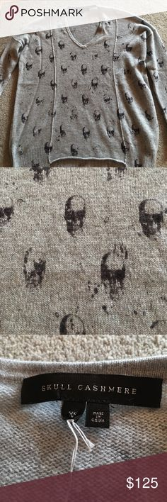 Skull Cashmere Grey cashmere sweater with skulls skull cashmere Sweaters V-Necks