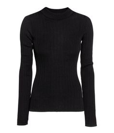 Black. Fitted, long-sleeved sweater in a cotton-blend rib knit with wide ribbing at neckline.