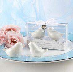 Bird Design Ceramic Salt & Pepper Shakers (Set of 2 pieces) (051024605)