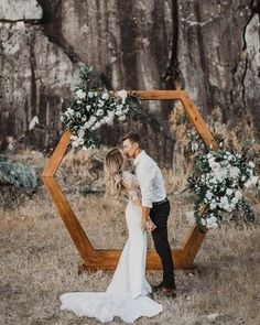 boho chic geometric wedding arch arch geometric 15 Geometric Wedding Backdrop Ideas for Modern Weddings - Oh Best Day Ever Wedding Bells, Boho Wedding, Fall Wedding, Wedding Events, Rustic Wedding, Dream Wedding, Wedding Greenery, Wedding Flowers, Greenery Decor