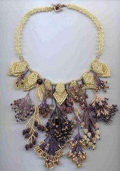 margo field: beads, braiding - crafts ideas - crafts for kids Jewelry Crafts, Jewelry Art, Beaded Jewelry, Jewelry Necklaces, Handmade Jewelry, Beaded Necklace, Jewelry Design, Jewellery, Gold Jewelry