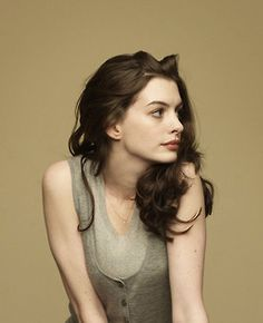 anne-hathaway. i love all the movies she stared in specially, the devil wears prada.