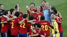 The Spanish team go down in history as the first ever to win three major tournaments in a row