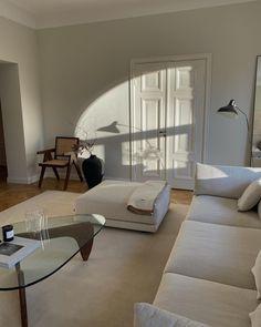 Dream Apartment, Apartment Interior, Dream Home Design, Home Interior Design, Casa Steampunk, Beautiful Living Rooms, Aesthetic Rooms, Home And Deco, Dream Rooms