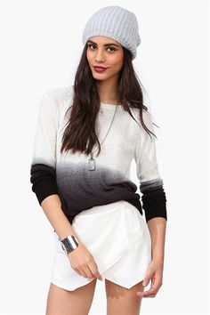 Snow Flake Ombre Sweater in Ivory/Black