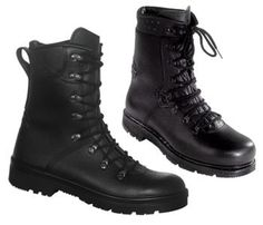 Genuine Army German Para Boots  A Very Popular Military Boot indeed!  Only £39.99