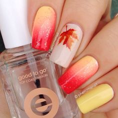 Autumn #gradient #manicure with maple leaf So cute ===== Check out my Etsy store for some nail art supplies https://www.etsy.com/shop/LaPalomaBoutique