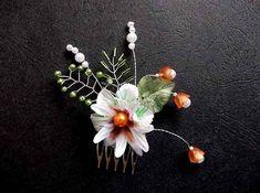 Pieptan flori si frunze artificiale, pieptan mireasa 34668 – Cadouri HandMade Dandelion, Flowers, Plants, Green, Dandelions, Plant, Taraxacum Officinale, Royal Icing Flowers, Flower