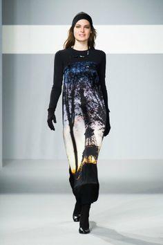 Défilé Agnès B. automne hiver 2014-15 : Une robe TRÈS parisienne ! #PinPFW