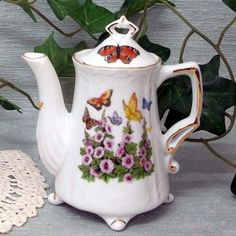 2 Cup Antique Footed Teapot USA Hand Deocorated Porcelain #TeW