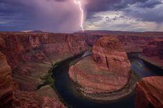 Lightning at horseshoe Photo and caption by J. Cho. 2015 National Geographic Photo Contest | National Geographic