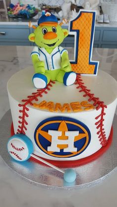 Houston Astros vs Los Angeles Dodgers World Series Cake Edition - Find Your Cake Inspiration 11th Birthday, Boy Birthday Parties, Baby Birthday, Birthday Cakes, Birthday Ideas, Baseball Party, Hulk Party, September Baby, Baby Boy Shower