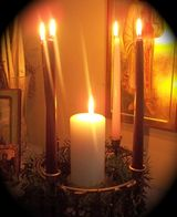Explanation of advent wreath and how to incorporate into life at home to prepare for Christmas.
