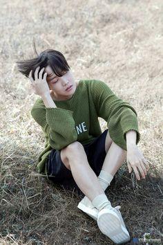 jimin he's so handsome Seokjin, Namjoon, Taehyung, Yoongi, Gwangju, Foto Bts, Bts Photo, Jung Hoseok, J Hope Selca