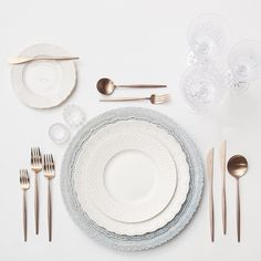 Our new Dusty Blue Lace Chargers + White Collection Vintage China + Rose Gold Flatware + Czech Crystal/Coupe Trios + Antique Crystal Salt Cellars // Casa de Perrin table setting
