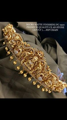 Gold Bangles For Women, Gold Bracelet For Women, Gold Bangles Design, Gold Jewellery Design, Antique Jewellery, Ear Jewelry, Gold Jewelry, India Jewelry, Kids Jewelry