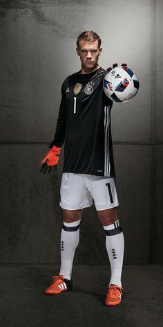 Manuel Noier  Bayern München - 01