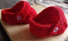 Crocs Shoes...free pattern ✿Teresa Restegui http://www.pinterest.com/teretegui/✿