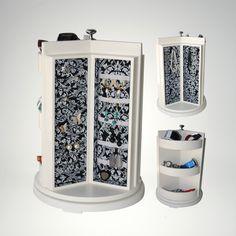 Alhajero Giratorio Spinner con diferentes espacios para aretes, anillos, collares y demás accesorios. #photofolio