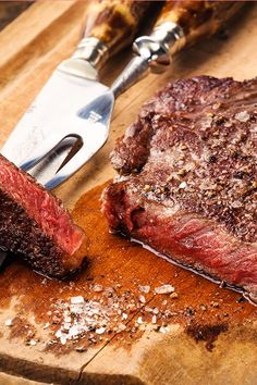 If your favorite animal is steak, this tip will have you grilling every night. As you sink your teeth into your favorite juicy slab, ensure it melts in your mouth by slicing it against the grain.  https://www.youtube.com/watch?v=q0z__s6Bz7M&list=PLmENuPsvTdH4EBw70Mrlav9HEV7r_CHV5