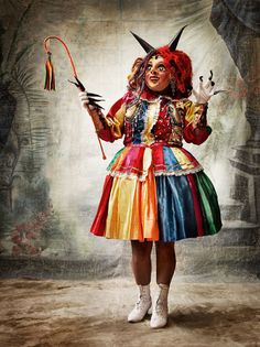 Personnage féminin de la danse Saqra, Province de Paucartambo, Cuzco.