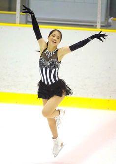 横井ゆは菜⛸ Ice Show, Cheer Pictures, Figure Skating Dresses, Dance Dresses, Ice Skating, Skater Dress, Blues, Ballet Skirt, Costumes