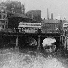The River Don,High from winter rain,flowing under Lady Bridge ,Sheffield 1964 Sheffield Pubs, Sheffield Steel, Sheffield England, Rochdale Town, Sheffield Wednesday, Northern England, South Yorkshire, City Scene, Peak District