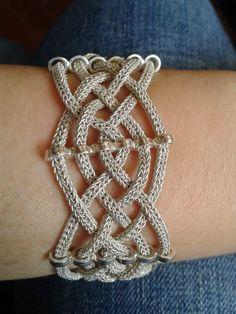 ÖZLEMİN DİKİŞ ATÖLYESİ: gümüş bileklik
