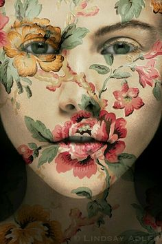 25+ Coolest Floral Makeup Looks