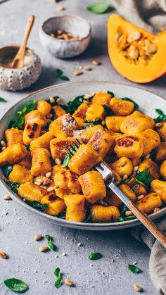 Easy pillowy soft crispy homemade vegan Pumpkin Gnocchi Recipe with 4 ingredients + step-by-step guide how to make Italian potato dumplings from scratch! Vegetarian Recipes, Cooking Recipes, Healthy Recipes, Vegan Ravioli, How To Cook Gnocchi, Pumpkin Gnocchi, Vegan Parmesan, Gnocchi Recipes, Vegan Pumpkin