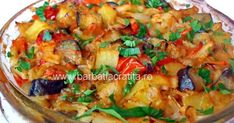 Ghiveci de legume-vegetable stew or cooked vegetable salad Vegetable Stew, Vegetable Salad, Vegetable Recipes, Healthy Cooking, Healthy Eating, Romanian Food, Romanian Recipes, Vegan Recipes, Cooking Recipes