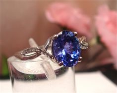 Tanzanite is my birthstone and one of my absolute favorite gems! Tanzanite Jewelry, Aquamarine Rings, Be Natural, Natural Diamonds, Gold Rings, White Gold, Wedding Rings, Jewels, Engagement Rings