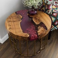 Gedanken zu diesem Beistelltisch des talentierten Ich denke, sie n… Thoughts on this side table of the talented I think she's nailing … – ص 1 – Epoxy Resin Table, Epoxy Resin Art, Diy Resin Crafts, Wood Crafts, Diy Resin Table, Wood Table Design, Wood Projects, Diy Furniture, Diy Home Decor