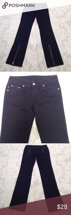 "Rock republic jeans Waist 14.5"" inseam 33.5"" frint rise 7.5"" back rise 11.5"". Great condition . 100% cotton. Black. NO trade!' Rock & Republic Jeans Straight Leg"