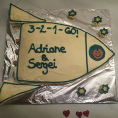 Pâtisserie Nadine: Abschieds-Baby-Astra-Raketenkuchen für Adriane und Sergei Rocket Birthday Parties, Party, Cakes, Rocket Cake, 4th Birthday, Space, Going Away, Kids, Fiesta Party