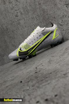 Football Boots, Football Soccer, Under Armour, Shoes, Nike Boots, Nike Football, Store, Cards, Xmas