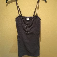 free people top w/ removable straps very flattering Free People Tops