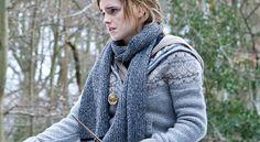 hp7 Cute Graphic Tees, Hermione Granger, Head To Toe, Emma Watson, Yarn Crafts, My Wardrobe, Flannel, Knitting Patterns, My Style